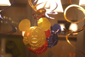 Mickey Streamers